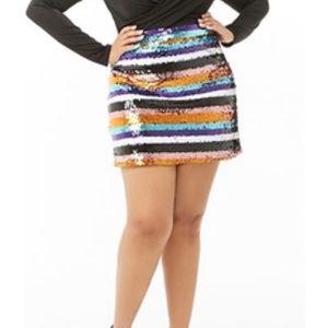 Plus Size Sequin Striped Mini Skirt